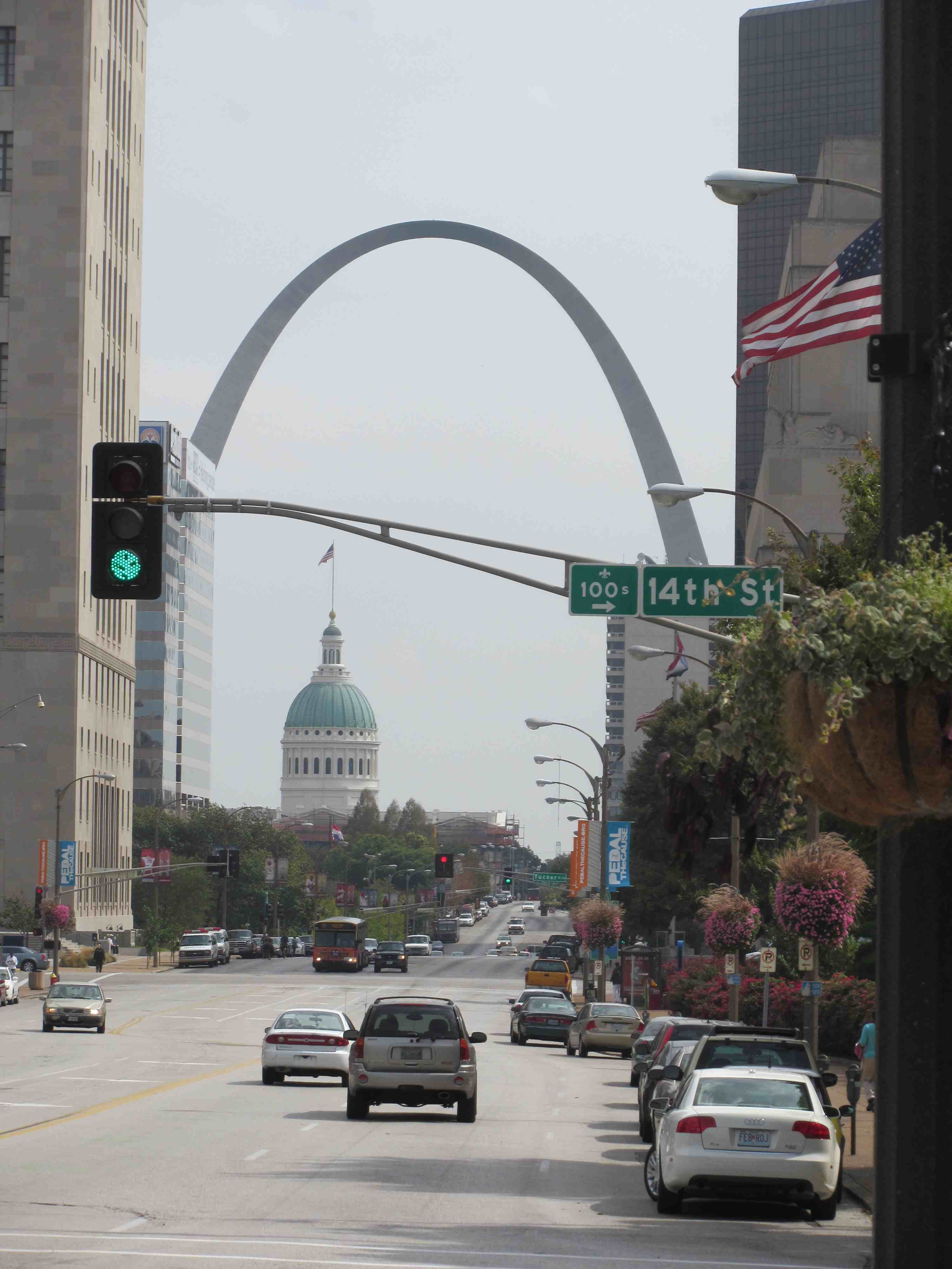 the St. Louis Arch, down the street from the Opera House