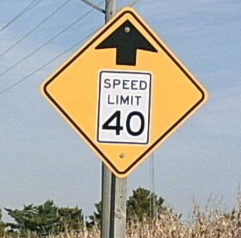 traffic sign: 40 MPH speed limit ahead