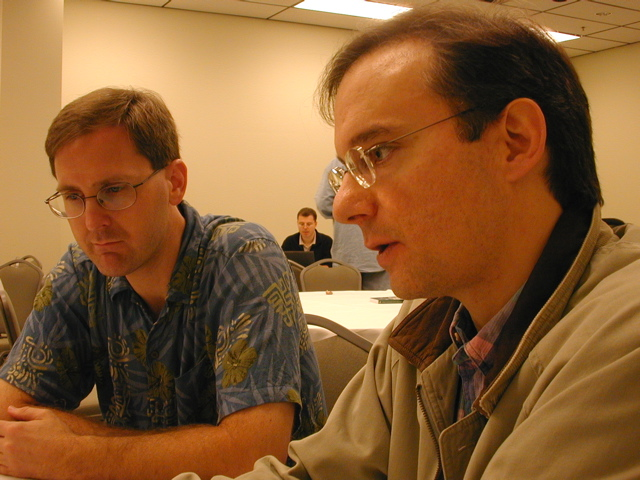 John Vlissides and Eugene Wallingford at the 2001 post-OOPSLA Hillside meeting